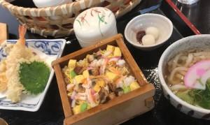 蒸し寿司1
